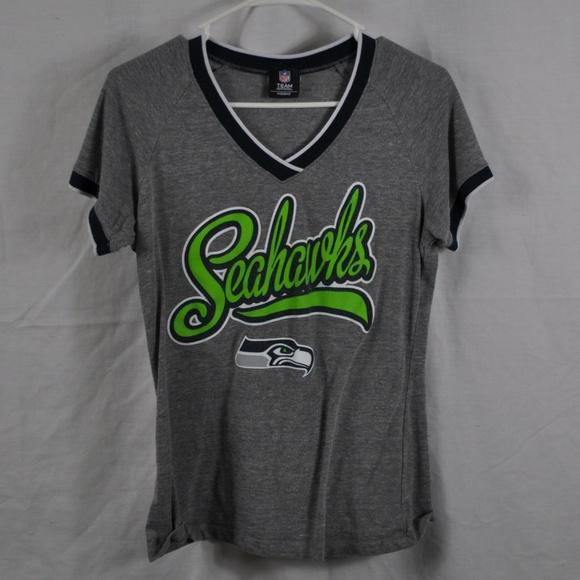 free shipping 610ee bb5e9 NFL Apparel Seattle Seahawk Women's Large T-Shirt